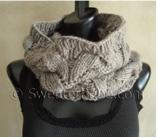 Free Sweater Babe pattern for Oct. 2014: the Deluxe Cowl