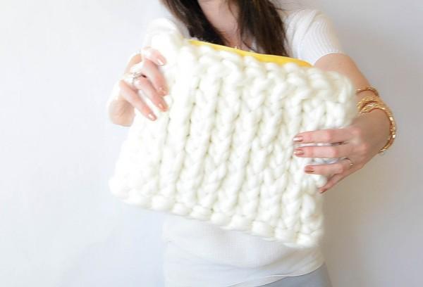 jumbo yarn knit bag