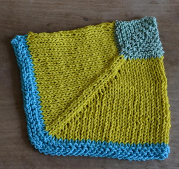 mitered garter stitch dishcloth pattern