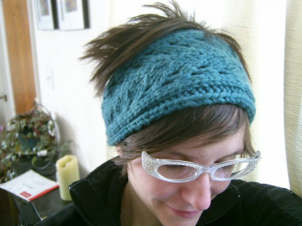 Knit a Great Headband Or a Bunch in a Flash