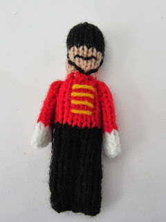 Knit a Little Toy Soldier for the Tree