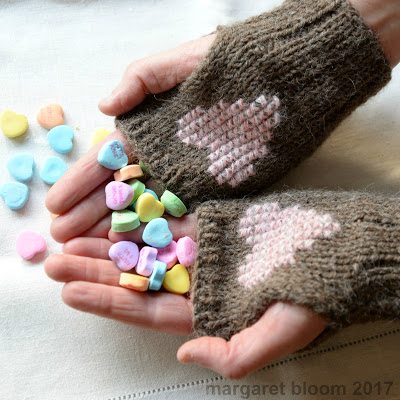 heart mitts knitting pattern