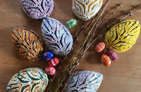 Check Out These Gorgeous Brioche Knit Easter Eggs