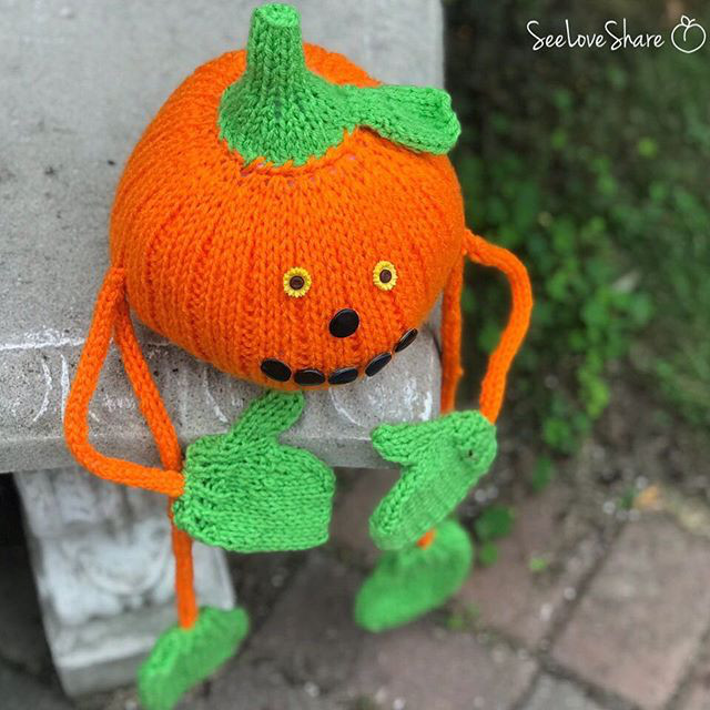 pumpkin person knitting