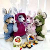 Elderberry Easter Bunny Knitting Pattern