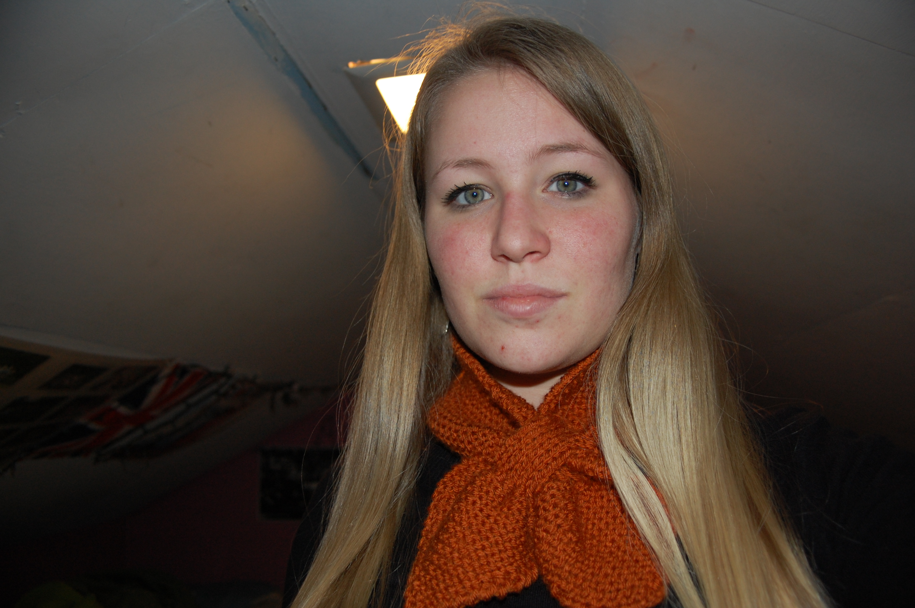 valentines-and-neck-scarf-023