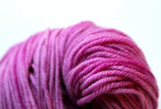 DK merino pink amaranth lot1.JPG
