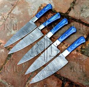 pair of 05 damascus steel chef knives