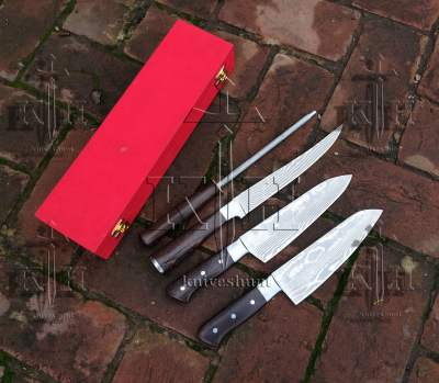 CUSTOM HAND MADE KNIVES - set of Stainless steel damascus chef knifes