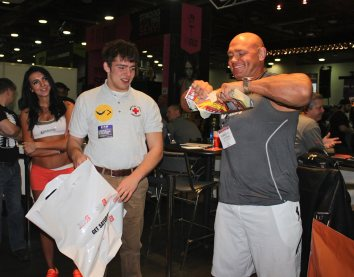 Oh Yeah! Nutrition Protein Powder Athletes Arnold Classic Mr. Olympia Models and Athletes