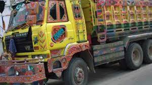 Photo of کراچی تیز رفتار ٹینکر کی ٹکر سے باپ بیٹی کو کچل دیا