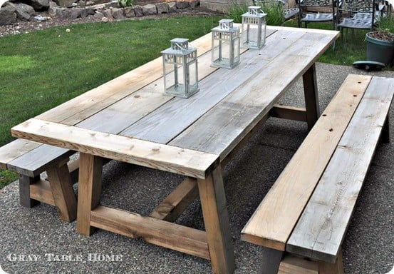 reclaimed wood outdoor dining table and
