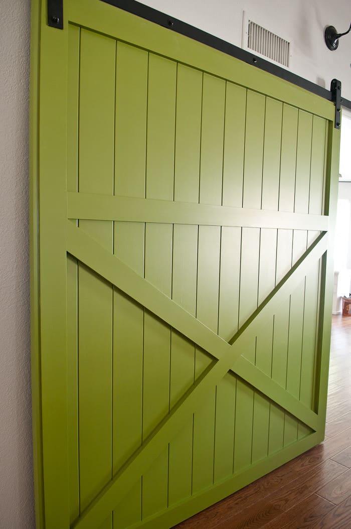 10 Fabulous Interior Barn Doors Ideas