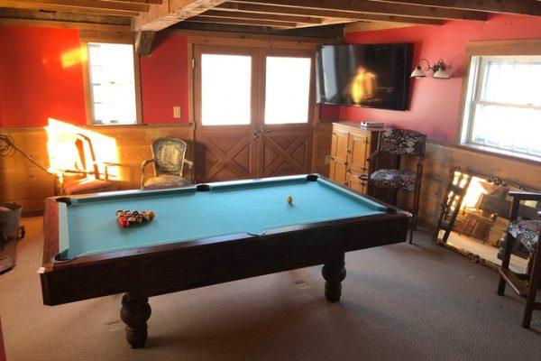 Knotting Hill Estate Billiards Room