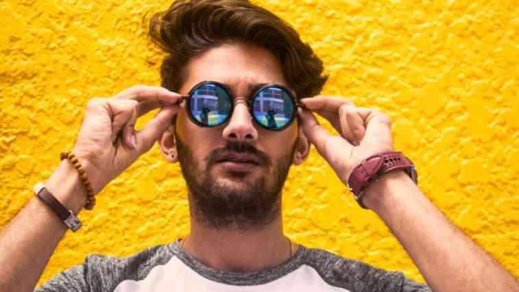Do Sunglasses block Blue Light? ( Eye protection trends 2020 )