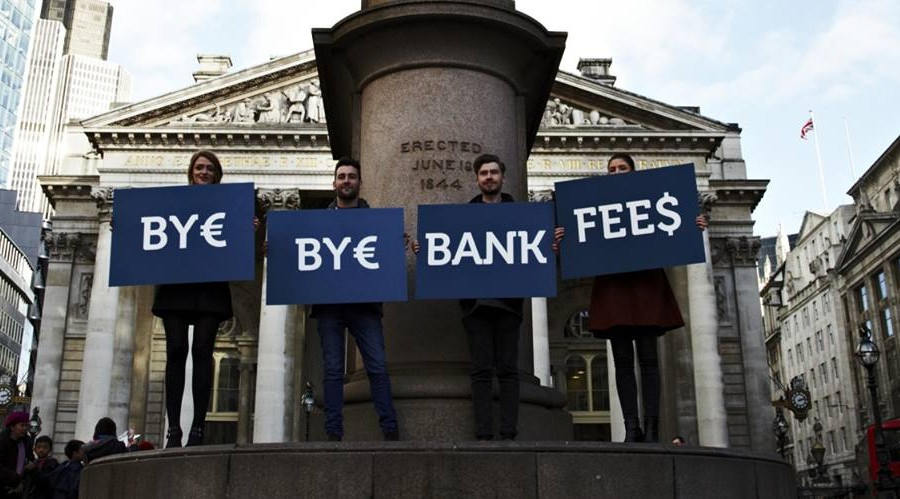 TransferWise-ad-in-London_900x499