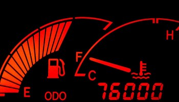 Is Your 4WD Light Flashing? Don't Panic! Here's What's