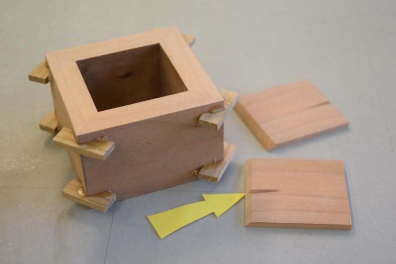 Prepare lining (disc sander) bevel inside face base edge (arrowed)
