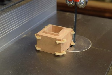 Remove insert excess with bandsaw