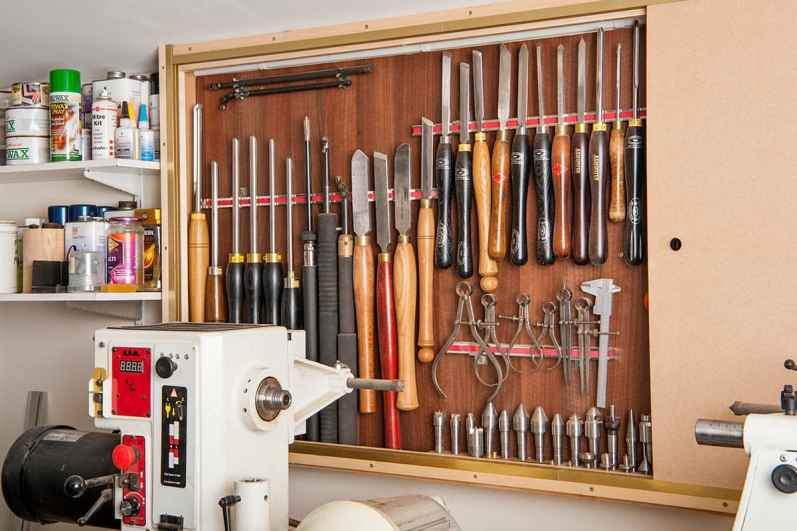 garage-workshop-chisels