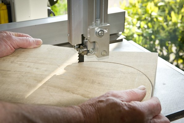 Cutting with a sharp bandsaw blade