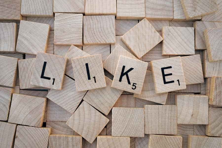 Social media psychology why we share comment like