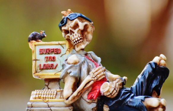 Harmful internet addiction vs. drug addiction