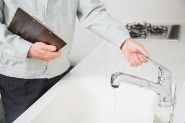 水道の蛇口掃除の簡単なコツや酷い汚れの対処法と清潔を保つ工夫