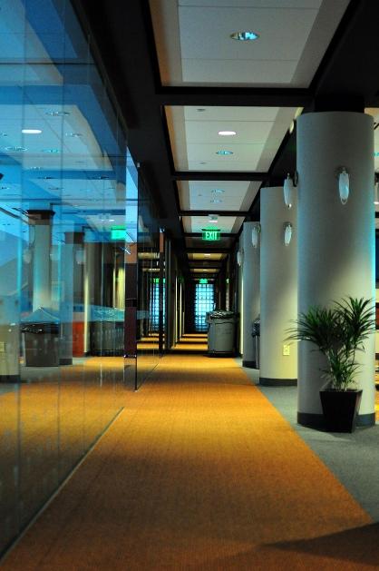 neyland_pres_level_hallway