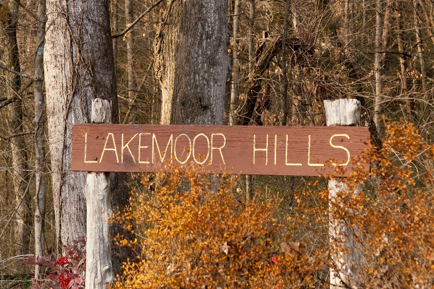 Lakemoor Hills