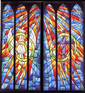 stained-glass-window-pentecost-640px
