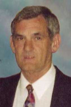 Headshot image of Mr. Kilgore in tie