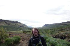 Tomus ist so glücklich, dass ihm sogar der Fjord aus dem Kopf scheint