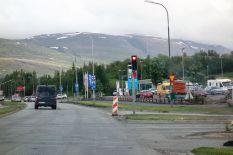 In Akureyri haben die roten Ampeln Herzsymbole in der roten Lampe
