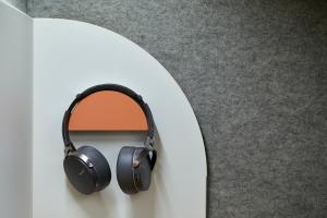 8 Ways To Make Sure Your Podcast Sounds Crisp And Clear