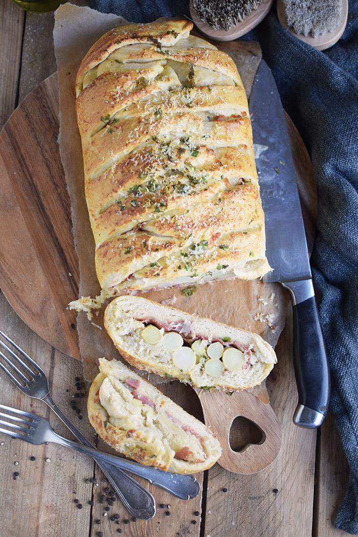 Spargel Stromboli mit Schinken - Asparagus braided bread with ham (5)