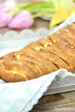 Apple Pie Stromboli