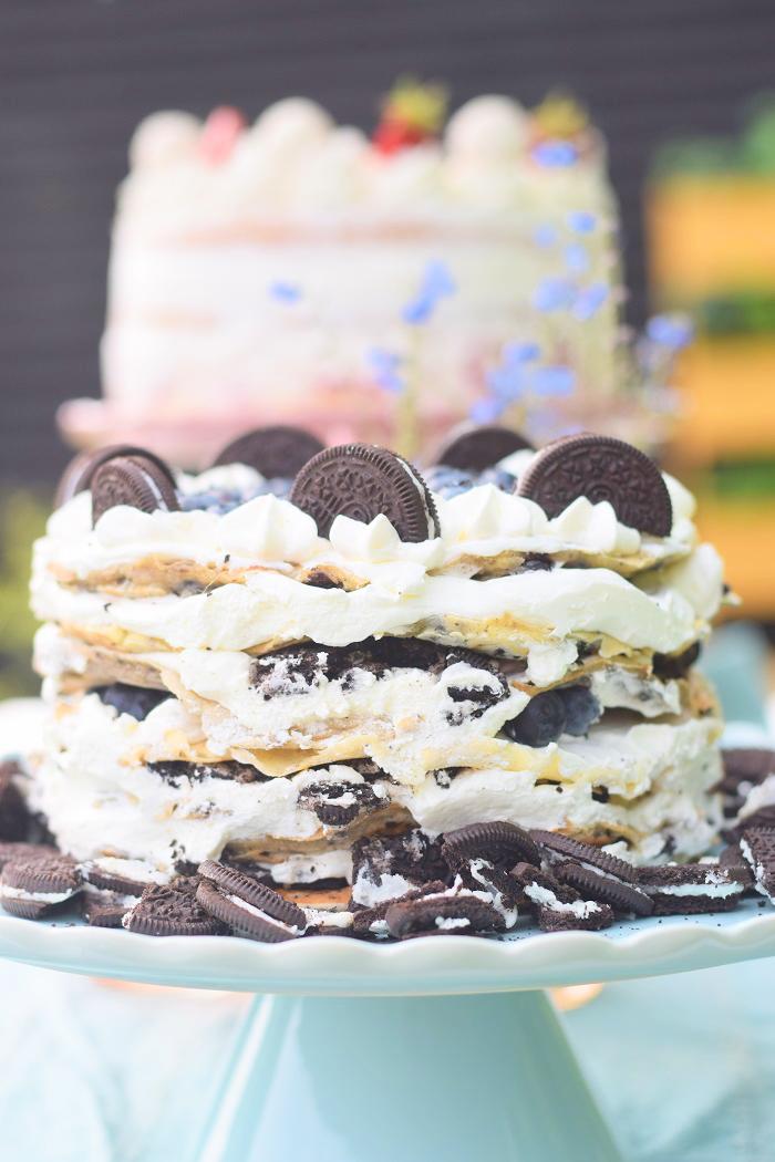Oreo Pfannkuchen Torte mit Blaubeeren 10