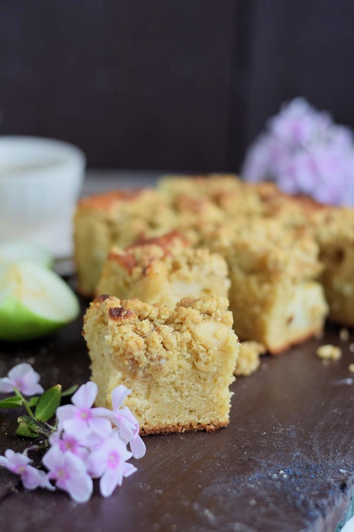 Apfelkuchen mit Pudding und Streuseln #herbst #food #cake (12)