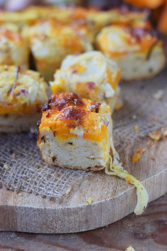 Zwiebelkuchen mit Kürbis - Onion Cake with pumpkin #food #dinnertime #dinner #herbst #fall (11)