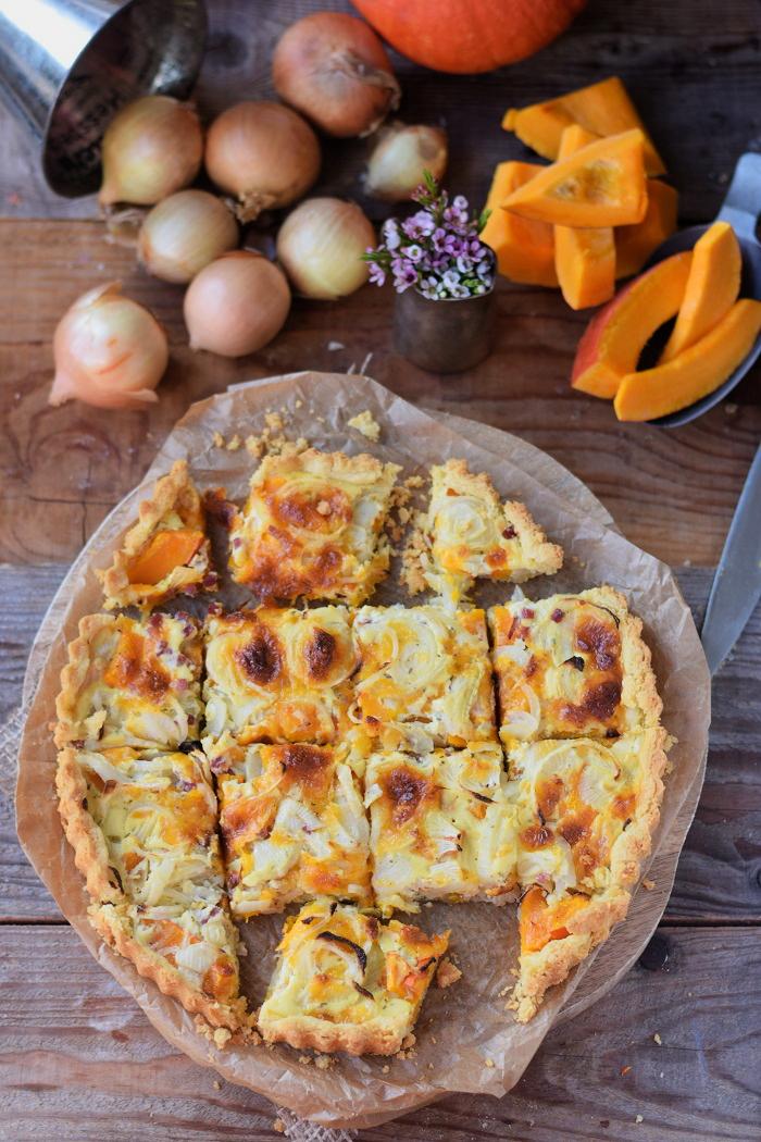Zwiebelkuchen mit Kürbis und Mürbeteig - Onion Tart Cake with pumpkin #herbst #fall #dinner #dinnertime (5)