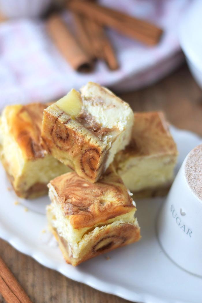 Zimtschnecken Cheesecake - Cinnamon Roll Cheesecake #cinnamonroll #cheesecake #zimtschnecken (4)