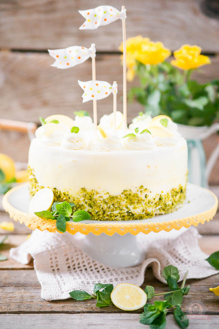 Lemon Curd Wickeltorte - Lemon Curd Snail Cake (5)