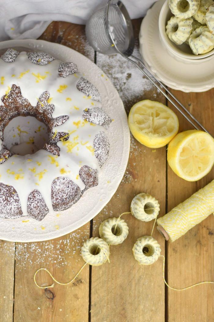 Zitronen Joghurt Gugelhupf - Lemon Yogurt Bundt Cake (9)