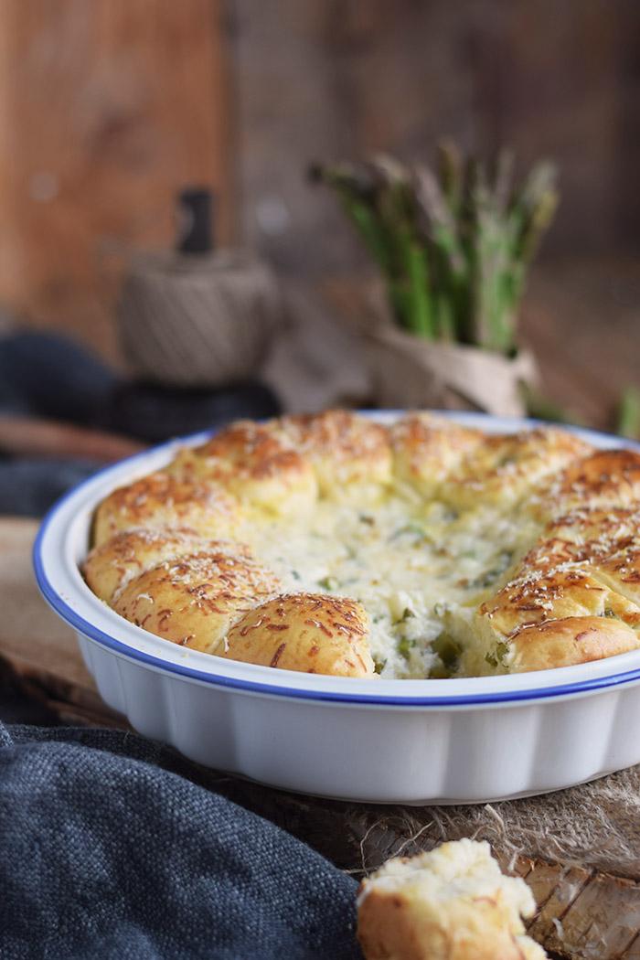 Joghurt Broetchen mit Spargel Dip - Yogurt Asparagus BBQ Rolls (11)