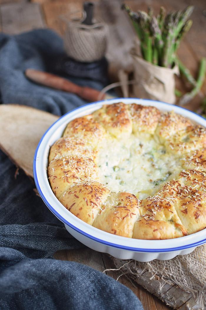 Joghurt Broetchen mit Spargel Dip - Yogurt Asparagus BBQ Rolls (25)