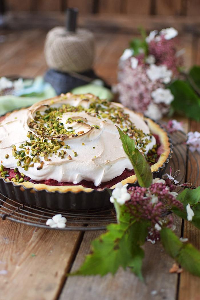Erdbeer Rhabarber Meringue Pie - Strawberry Rhubarb Meringue (15)