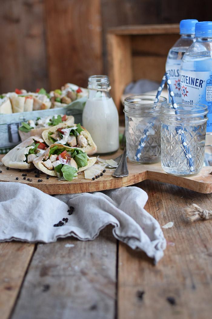 Caesar Salat Pitas - Caesar Salad Pita Bread (2)