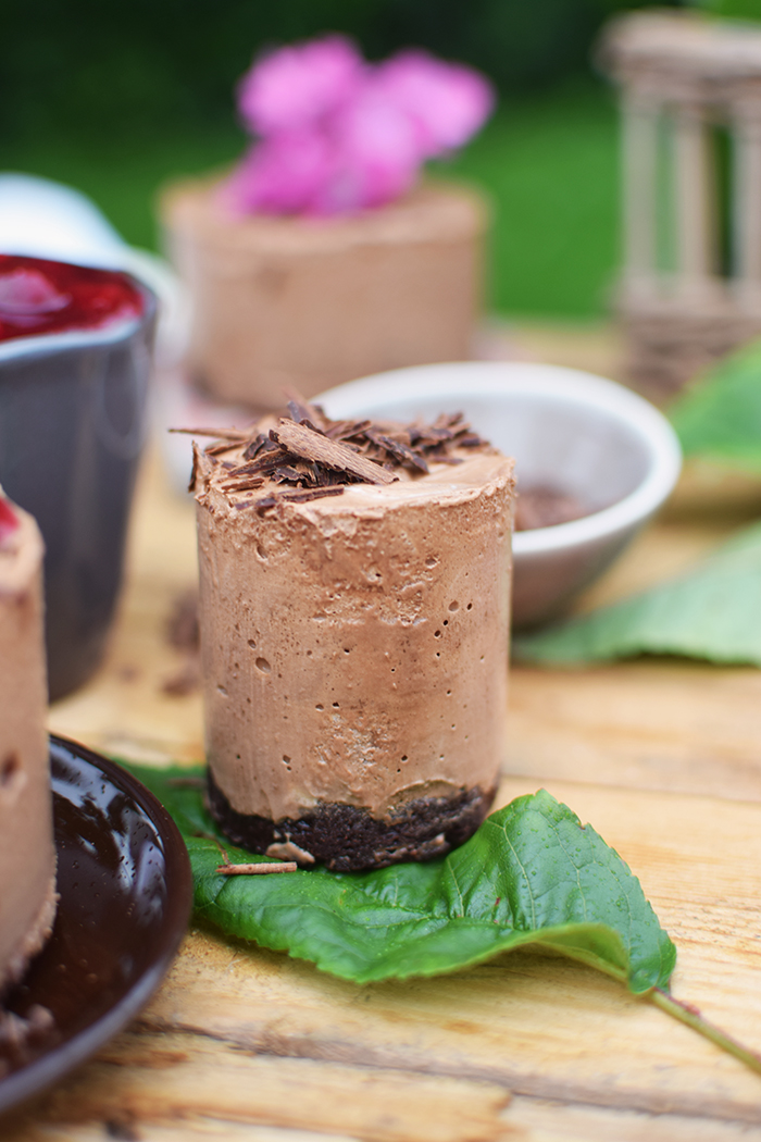 Geeiste Schoko Mousse mit Kirschen - Iced Chocolate Mousse with cherries (10)