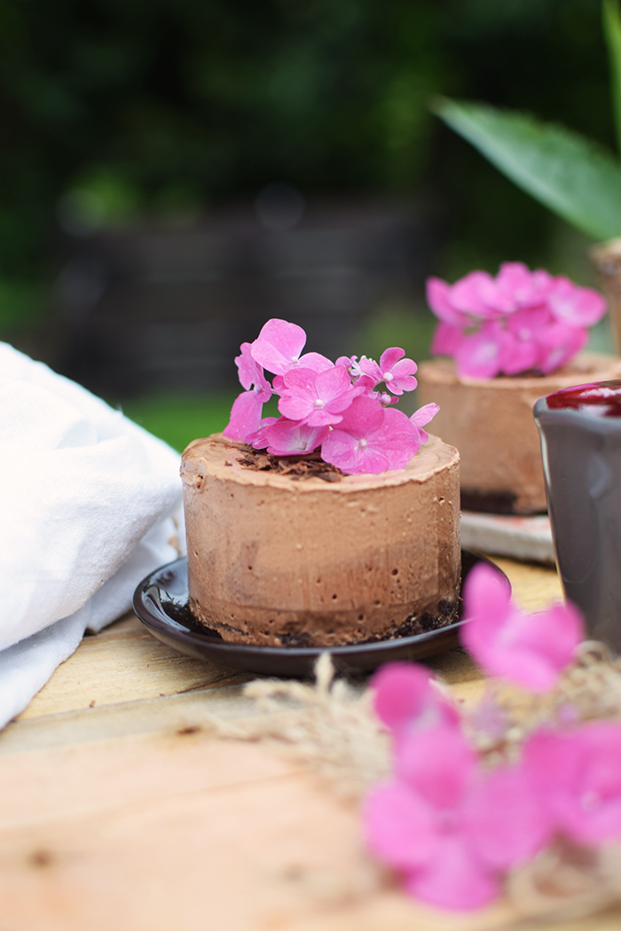 Geeiste Schoko Mousse mit Kirschen - Iced Chocolate Mousse with cherries (15)